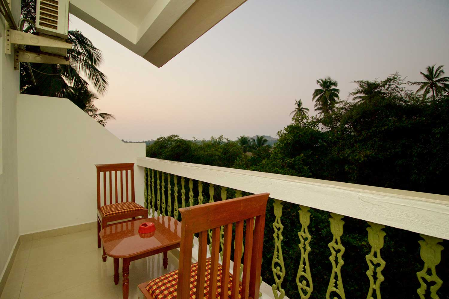 Anjuna-Guest-House-with-Balcony